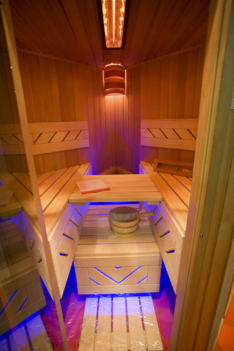 sauna oder infrarot kabinen was ist der unterschied. Black Bedroom Furniture Sets. Home Design Ideas